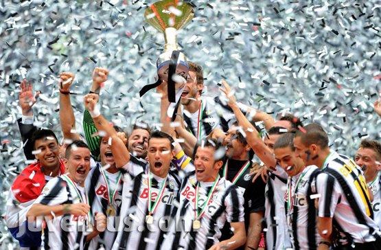 Juventus campione d italia 2011 2012 redazione for Redazione italia